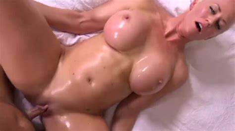 Short Blonde Haired Hot Milf Fuck Session