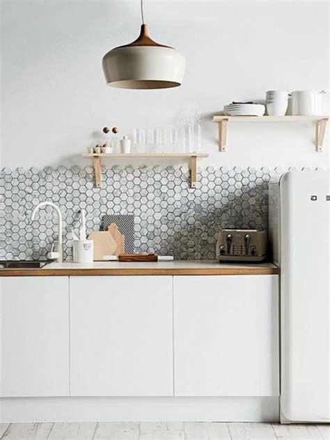 mosaique pour cuisine les 25 meilleures idées de la catégorie mur en mosaïque