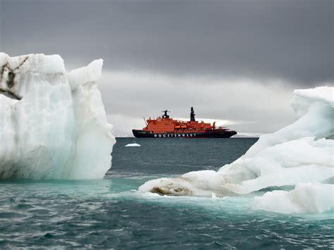 voyage   north pole