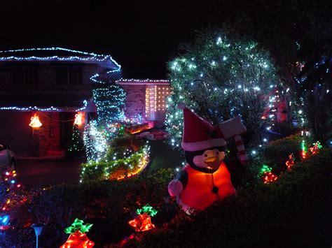 brisbane christmas lights live in bne