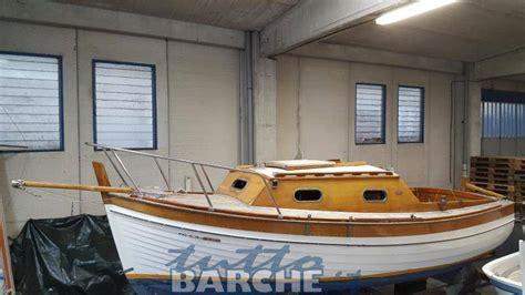 cabinato a vela usato cantiere montisola gozzo cabinato in legno mt 6 5 id 2764