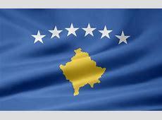 Kosovo Flagge Juergen Priewe als Kunstdruck oder