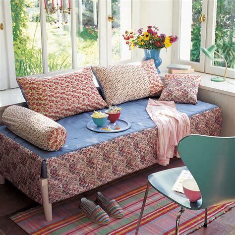 faire briller un canapé en cuir comment changer de canapé sans en changer