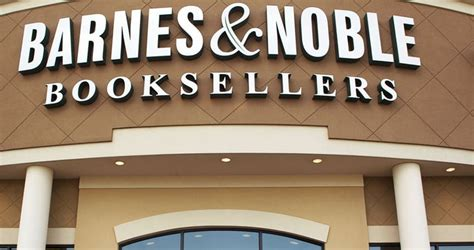 Barnes & Noble Cuts Staff After Dismal Holiday Results
