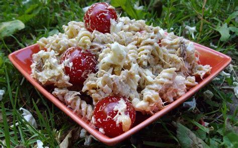 salade de p 226 tes froides au thon recette de salade de