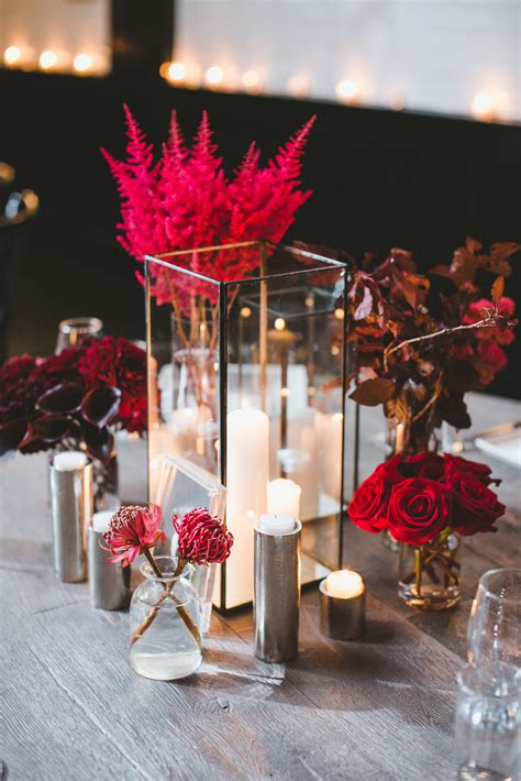 Elegant Wedding Centerpieces Candles And Flowers 24
