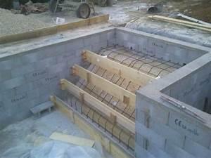 Escalier Pour Piscine Hors Sol : ferraillage escalier piscine construction piscine ~ Dailycaller-alerts.com Idées de Décoration