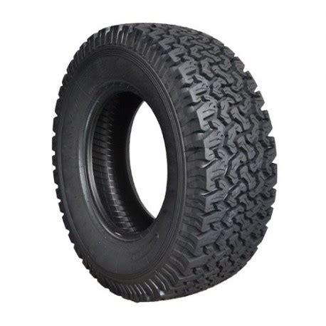 pneu   terrain
