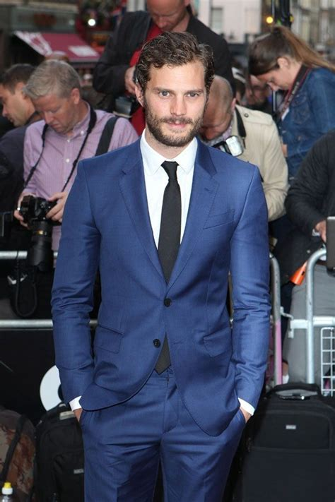 blauer anzug schwarze krawatte dornan tr 228 gt blauer anzug wei 223 es businesshemd schwarze krawatte wedding kina