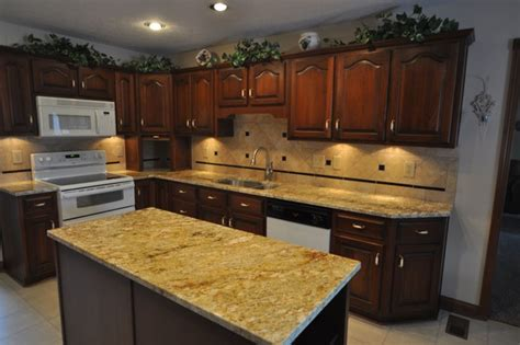 Best Backsplashes With Granite Countertops : Granite Countertops And Tile Backsplash Ideas