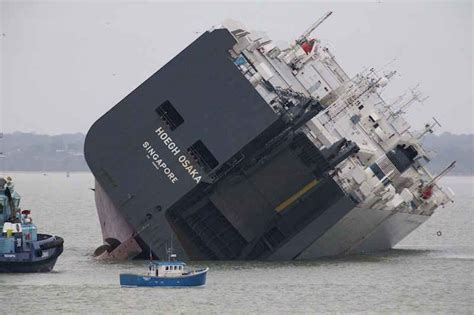 listing flooding  grounding  vehicle carrier hoegh