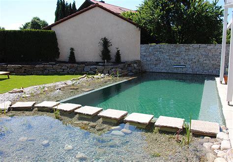 Garten Und Landschaftsbau Rosenheim by Garten Schwimmteich Der Versteckte Rosenheim Garten