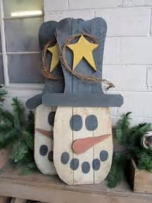Primitive Snowman Wood Pallet