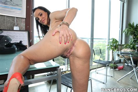 Busty Milf Lisa Ann Gets Some Anal In This Big Ass At Bangbros