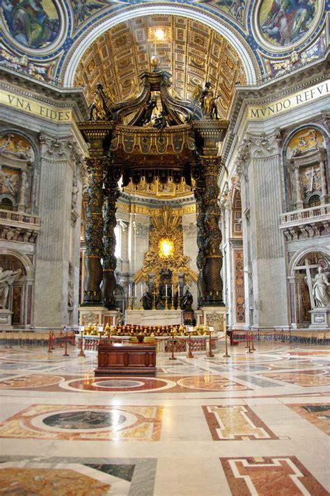 Baldacchino Di San Pietro Bernini by Roma Basilica Di San Pietro L Altare Baldacchino