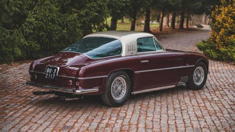While a racing variant sold for $12.8m usd, and this 375 mm coupe sold for a take a closer look at the 1954 ferrari 375 america coupe by vignale, and check out its listing on the rm sotheby's website. Ferrari 375 America Coupe by Vignale, o clássico extremamente raro vai a leilão e pode custar ...