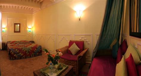 chambre majorelle riad hotel essaouira dar loulema chambre majorelle