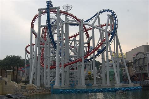 Battlestar Galactica (roller coaster) - Wikipedia