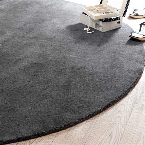 tapis rond soft anthracite  cm diametre maisons du monde