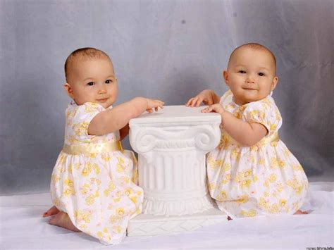 Wanita Hamil Lucu Cute Twins Baby Girls Cute Baby Wallpaper