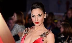 Gal Gadots gorgeous Wonder Woman makeup look  HELLO!