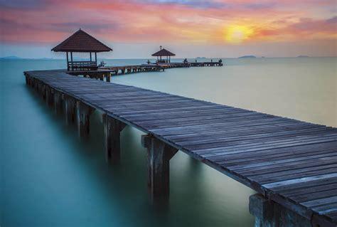 papier peint deco chambre coucher de soleil sur la mer de chine en poster mural