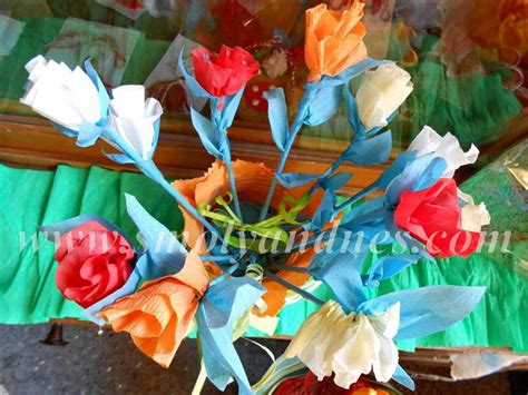 Деца със СОП подариха цветя от хартия на учителки и ...