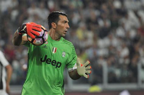 Buffon miglior portiere di sempre della Champions League