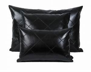 coussin imaginaire simili cuir noir 45x30 autrement dit With coussin canapé cuir noir