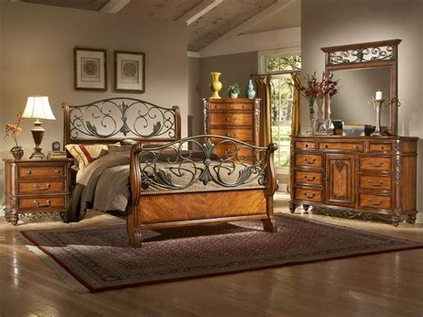 decorating your bedroom of master bedroom with tuscan