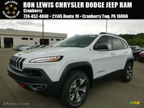 white jeep 2016 2016 bright white jeep cherokee trailhawk 4x4 106758912