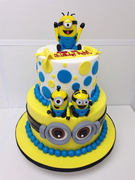 We have elvis minions, bride and groom minions and even a minion on a pogo stick. Minion Birthday Cake Decorations Fiesta De Cumpleanos Minions 43 Ideas Super Divertidas ...