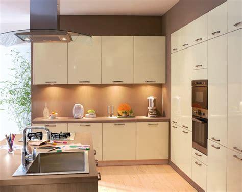 cuisine grise conforama cuisine anvers conforama photo 16 20 gris brillant
