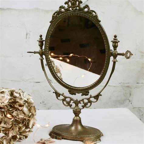 miroir doré ancien miroir ancien psych 233 sur pied pivotant en bronze r 233 gule laiton 224 poser