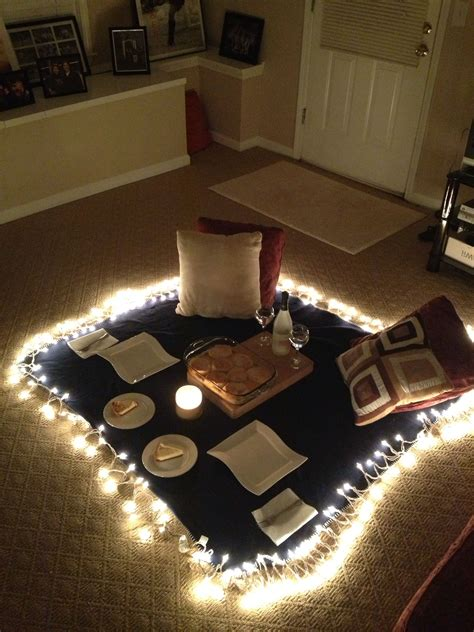 Or maybe you just have children… my husband and i rarely go out. Indoor picnic for JB … | Indoor picnic, At home date ...