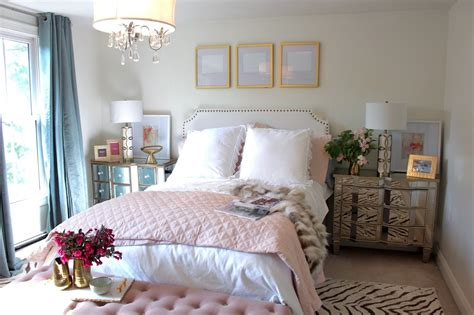 feminine bedroom ideas   mature woman theydesignnet