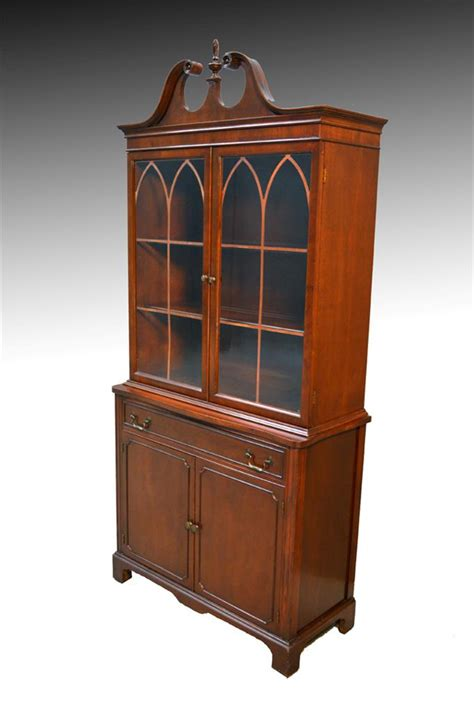 Duncan Phyfe China Cabinet Mahogany by 16730 Mahogany Duncan Phyfe Step Back China Cabinet Closet