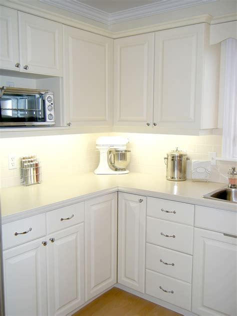 how much to paint cabinets painting kitchen cabinets crafts diy pinterest