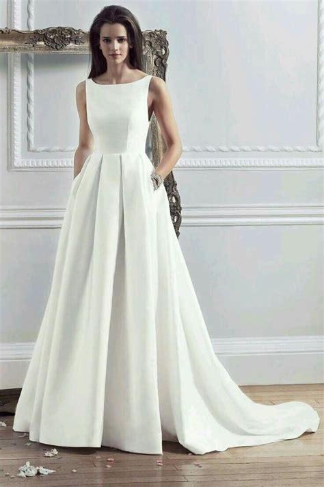 Modern Schlicht by Wedding Dresses The Ultimate Gallery Bridesmagazine Co