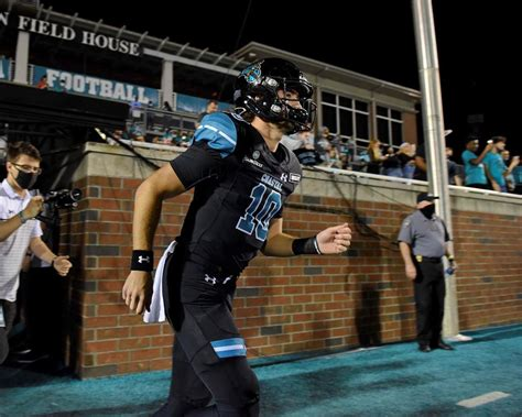 No. 15 Coastal Carolina seeks to remain unbeaten vs Troy ...