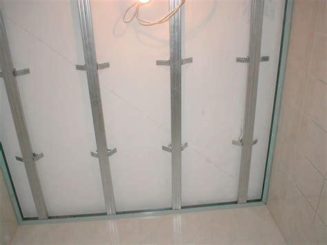 peindre un plafond tendu peindre un plafond tendu 28 images peindre plafond 224 marseille prix du m2 renovation