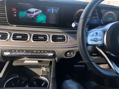 Learn more about price, engine type, mpg, and complete safety and warranty information. Mercedes GLE 300 D 4MATIC AMG LINE 7 SEATER | M Michael Luxury Cars