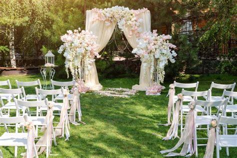 freie trauung deko freie trauung hochzeitslocation hochzeit heiraten im garten gartenhochzeit hochzeit im freien