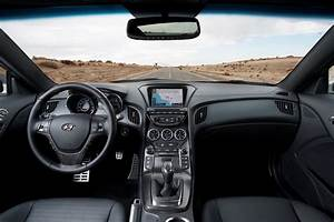 Review  Hyundai 2013 Genesis Coupe