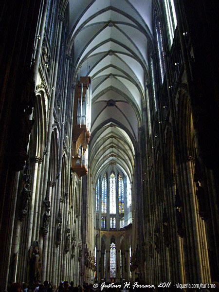 L Interno Della L Interno Della Cattedrale Di Colonia Viqueria