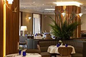 Jawa Restaurant Hamburg : hotel room foto van crowne plaza st petersburg ligovsky st petersburg tripadvisor ~ Markanthonyermac.com Haus und Dekorationen