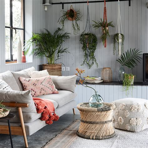 Jun 16, 2021 · a sanctuary from bustling city life, this urban living area is a perfect example of how monochromatic colors bring harmony to a room. 41 grey living room ideas in dove to dark grey for decor inspiration