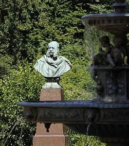 Von Have Bergedorf : fotografie vom kaiser wilhelm platz hamburg bergedorf denkmal von kaiser wilhelm i bronze b ste ~ Markanthonyermac.com Haus und Dekorationen