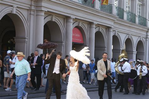 Filewedding Second Line In Front Of The Cabildo New