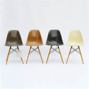 Stühle Im Eames Stil : 4er set vintage eames fiberglass st hle dsw im design sortiment midmodern ~ Indierocktalk.com Haus und Dekorationen